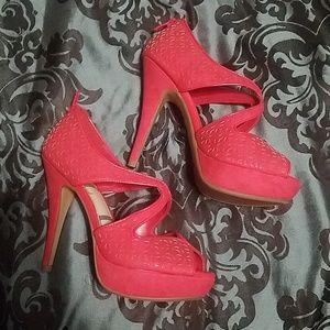 Elle platform heels *never worn